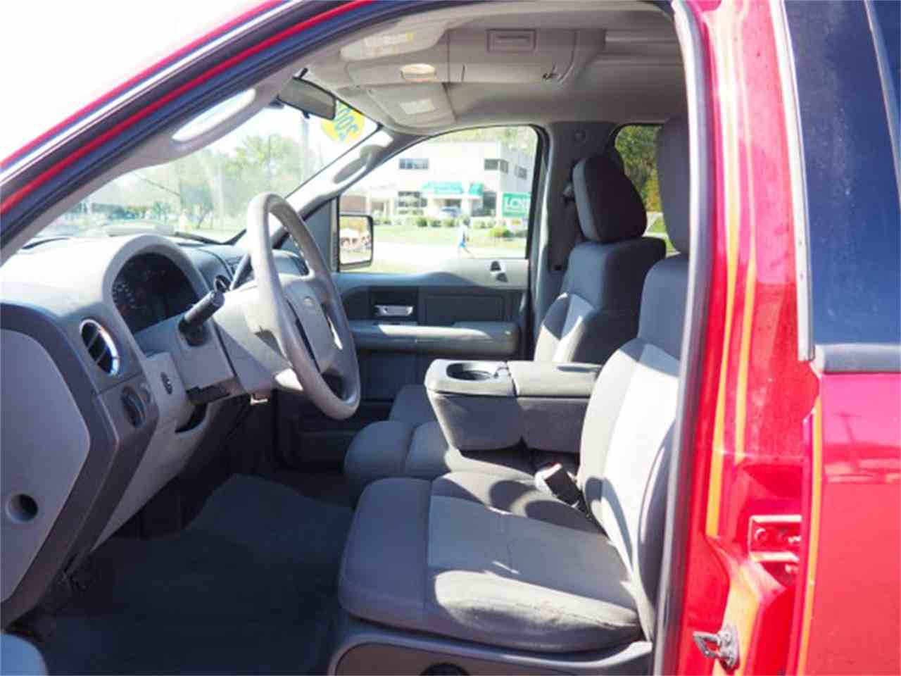 Large Picture of 2004 Ford F150 Offered by Cincinnati Auto Wholesale - MBNE