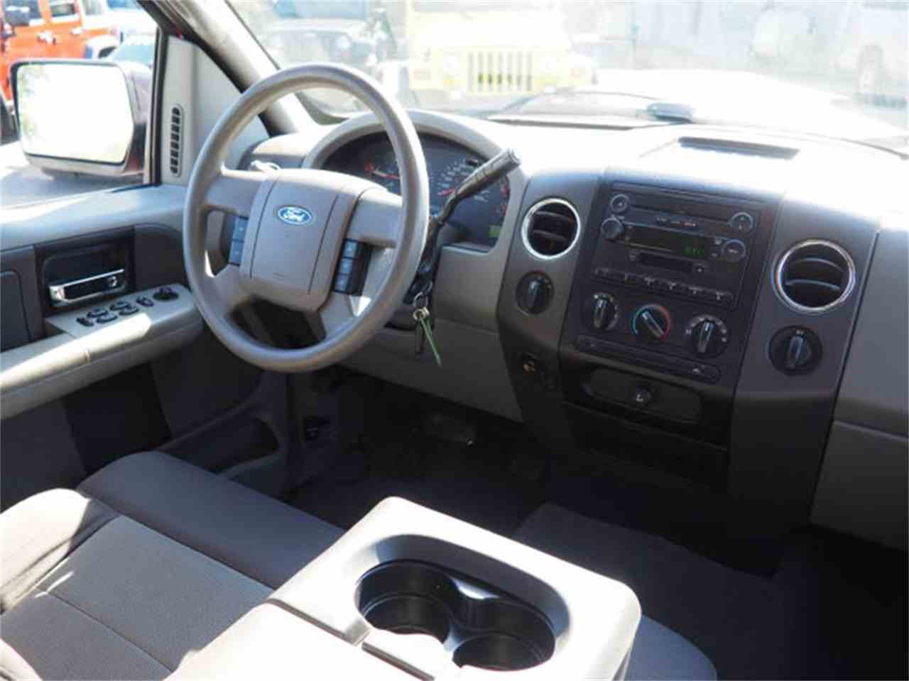 Large Picture of 2004 Ford F150 located in Loveland Ohio - $6,400.00 Offered by Cincinnati Auto Wholesale - MBNE
