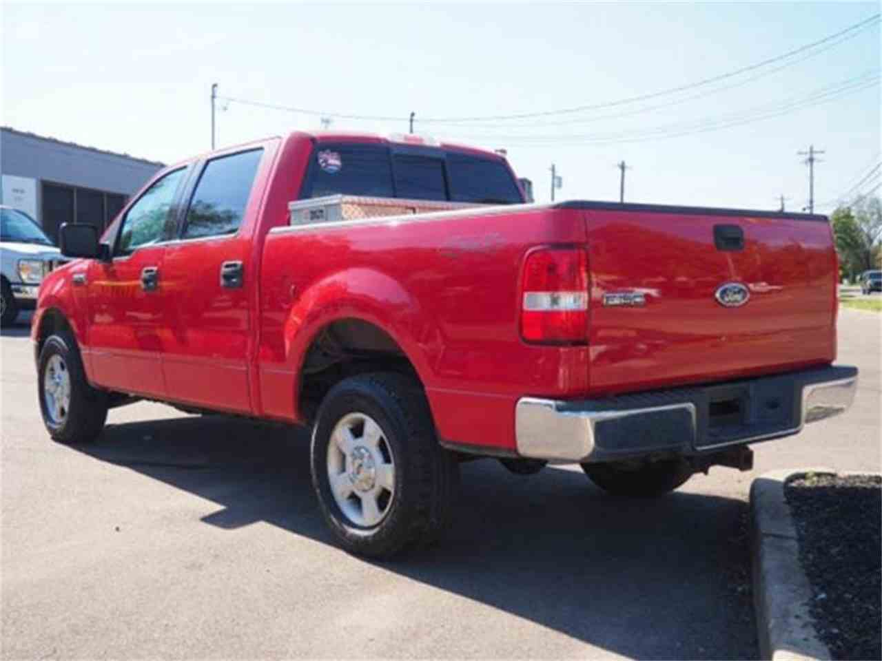 Large Picture of '04 F150 located in Loveland Ohio Offered by Cincinnati Auto Wholesale - MBNE