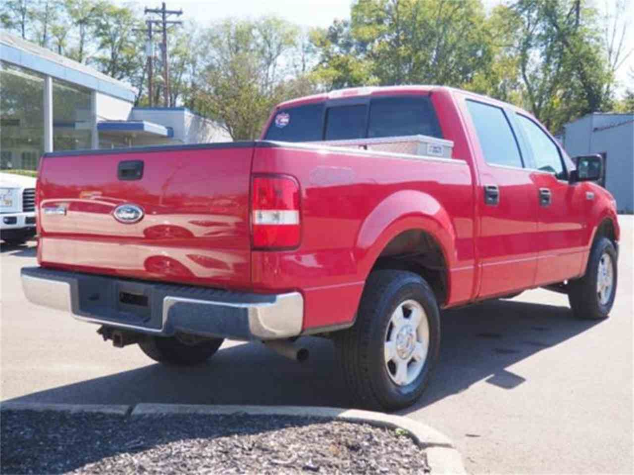 Large Picture of '04 Ford F150 located in Loveland Ohio Offered by Cincinnati Auto Wholesale - MBNE