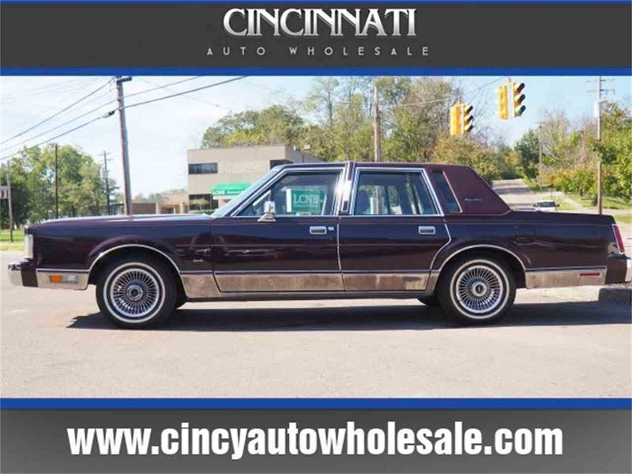 1988 Lincoln Town Car for Sale | ClassicCars.com | CC-1041532