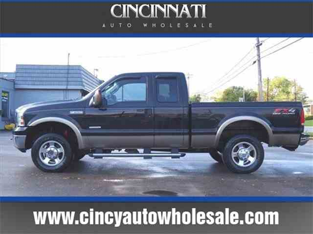Picture of '05 Ford F250 located in Loveland Ohio Offered by Cincinnati Auto Wholesale - MBNL