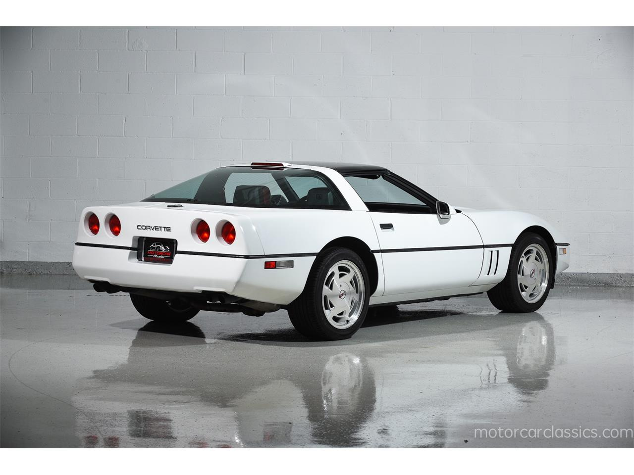Large Picture of '89 Corvette - MBNS