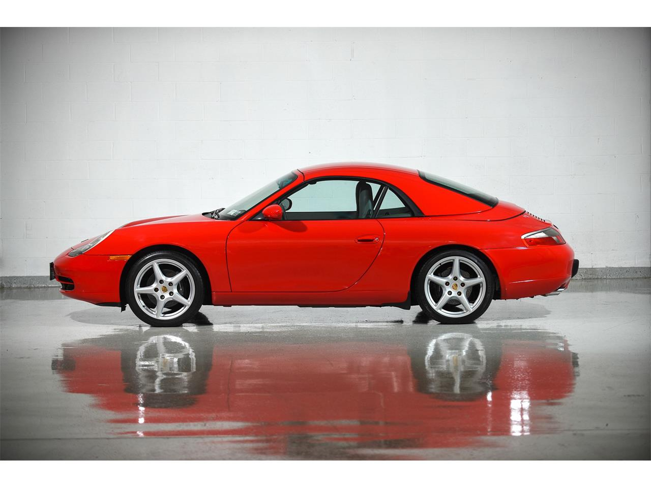 Large Picture of 1999 911 located in New York - MBOH