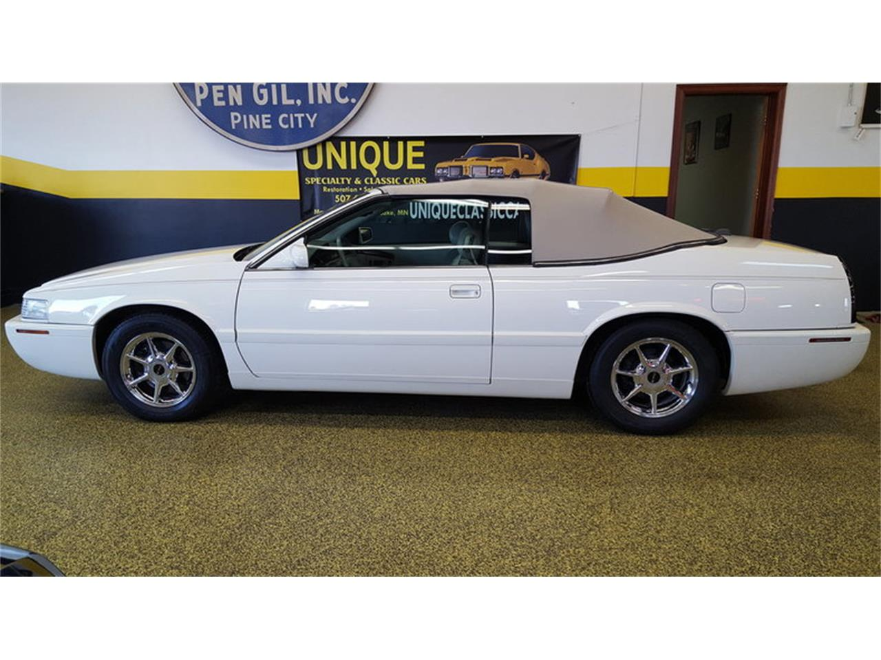 Large Picture of '02 Cadillac Eldorado Auction Vehicle Offered by Unique Specialty And Classics - MALA