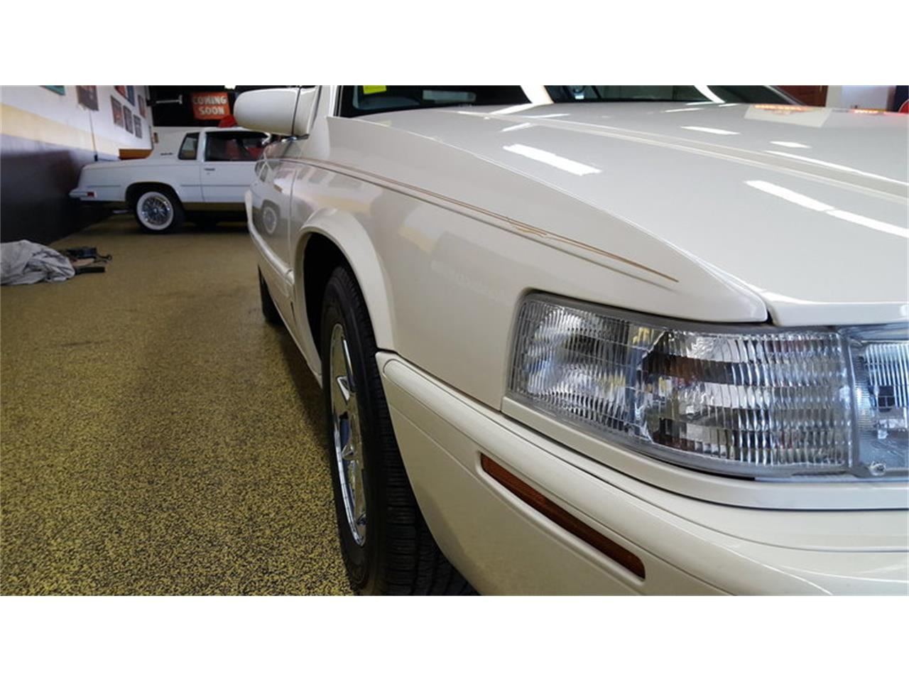 Large Picture of 2002 Eldorado Auction Vehicle - MALA