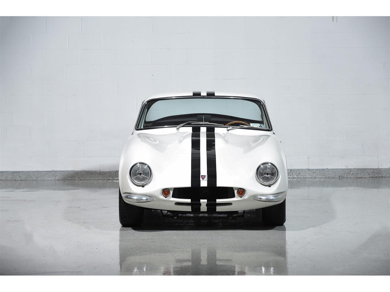 Large Picture of Classic '65 Series 200 located in New York - $99,900.00 Offered by Motorcar Classics - MBPC