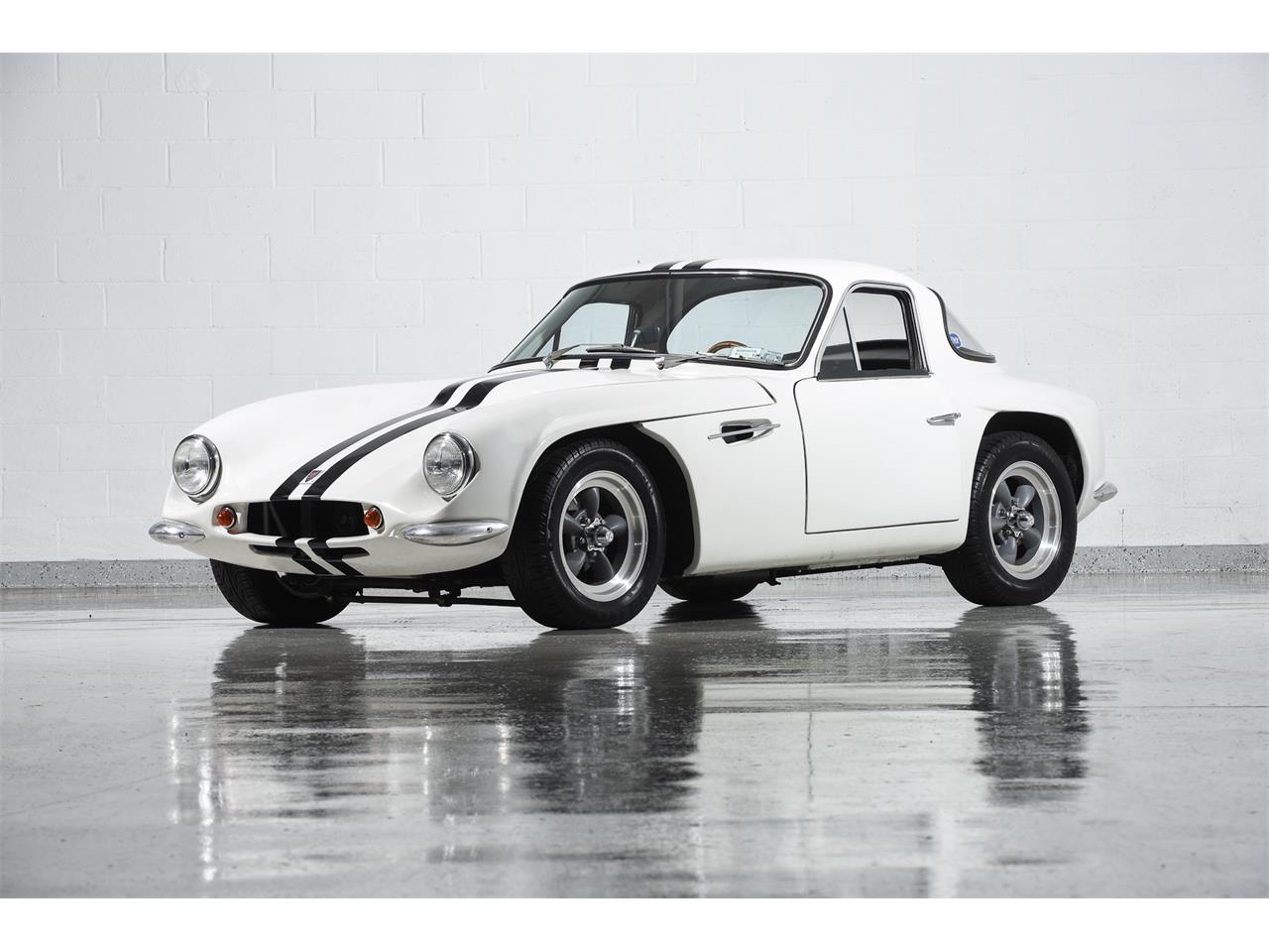 Large Picture of 1965 Griffith Series 200 located in New York - $99,900.00 Offered by Motorcar Classics - MBPC