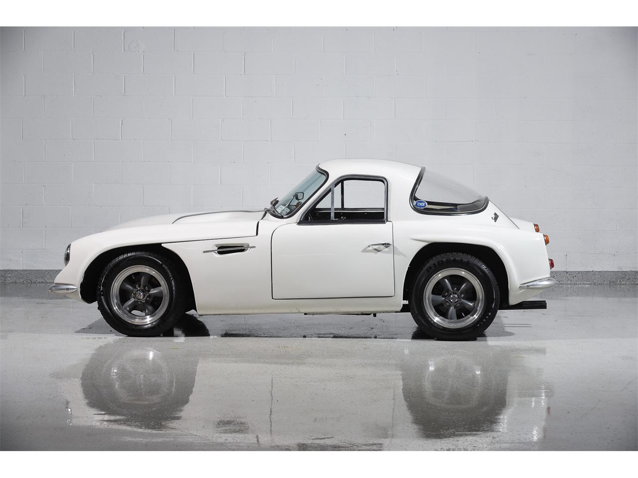 Large Picture of Classic 1965 Griffith Series 200 - $99,900.00 Offered by Motorcar Classics - MBPC