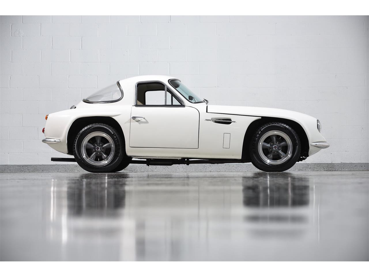 Large Picture of Classic 1965 Series 200 located in Farmingdale New York - $99,900.00 Offered by Motorcar Classics - MBPC