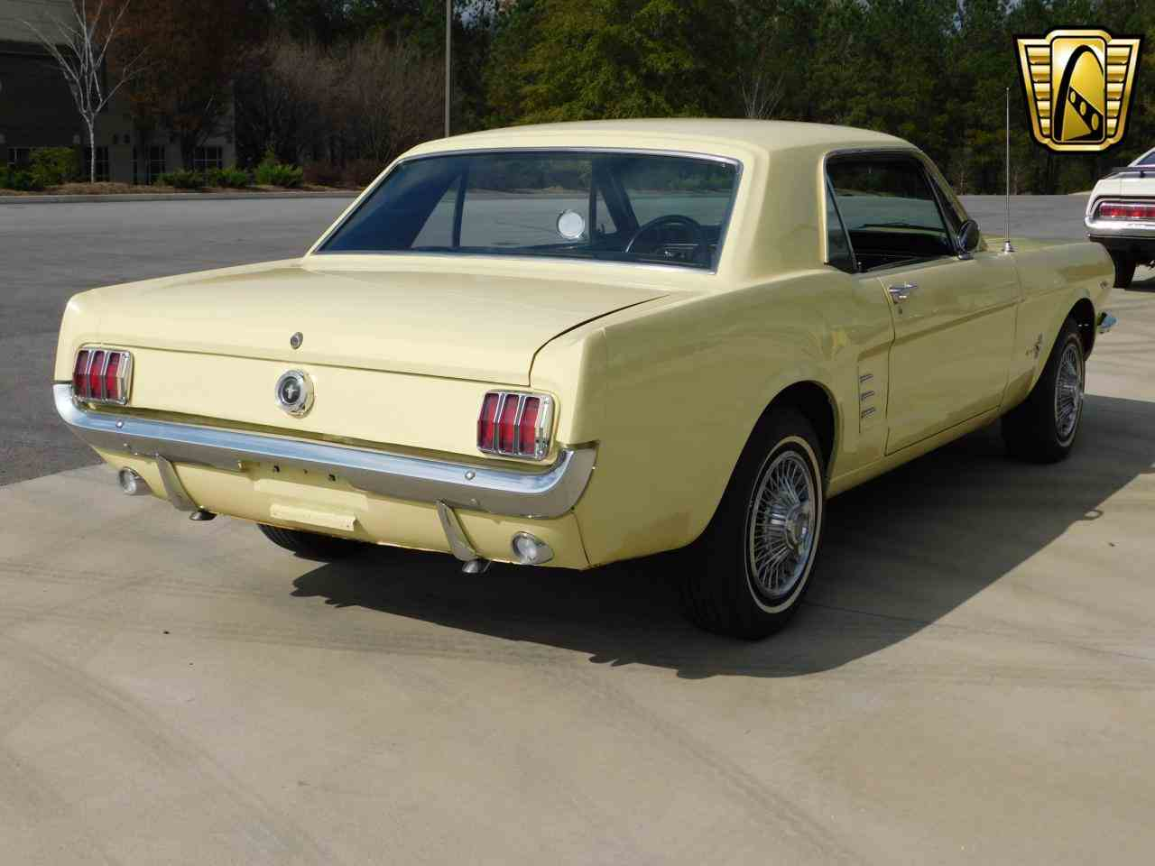 Large Picture of 1966 Ford Mustang - MBRW