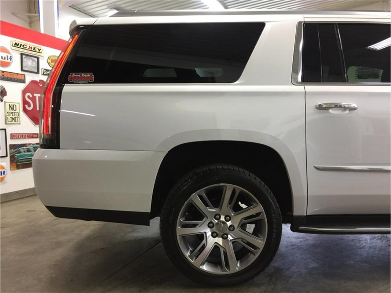 Large Picture of '16 Escalade located in Michigan Offered by Grand Rapids Classics - MBUZ