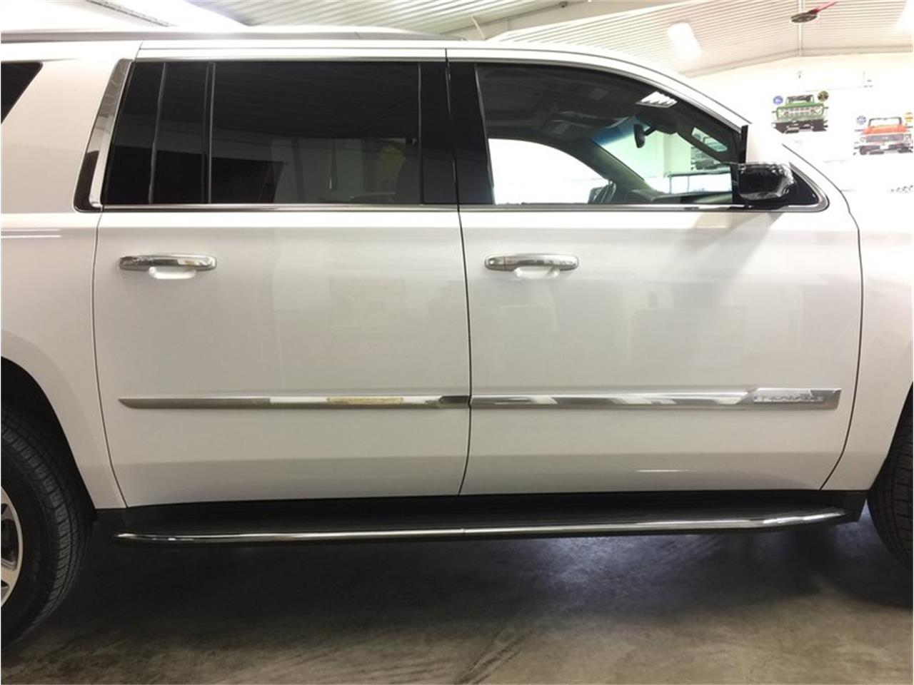 Large Picture of '16 Cadillac Escalade - $53,990.00 Offered by Grand Rapids Classics - MBUZ