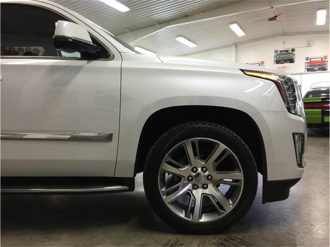 Large Picture of 2016 Cadillac Escalade - $53,990.00 Offered by Grand Rapids Classics - MBUZ