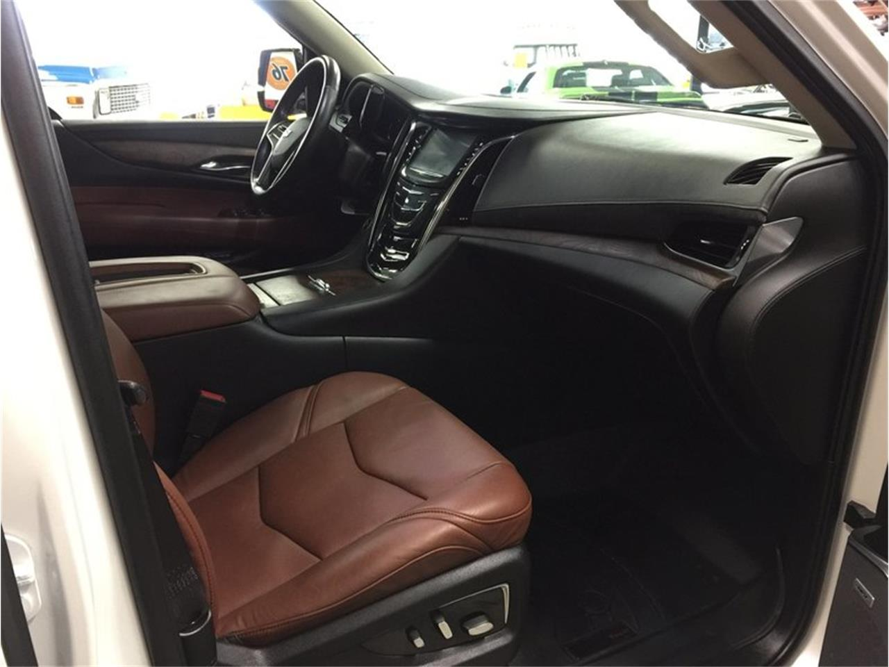 Large Picture of 2016 Escalade located in Michigan Offered by Grand Rapids Classics - MBUZ
