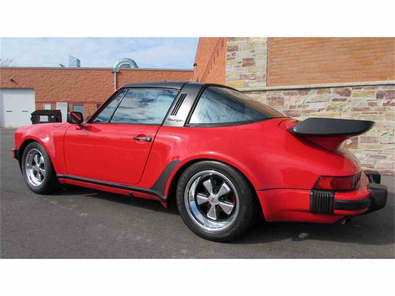 Large Picture of '86 Porsche 911 located in Big Bend Wisconsin Auction Vehicle - MBV8