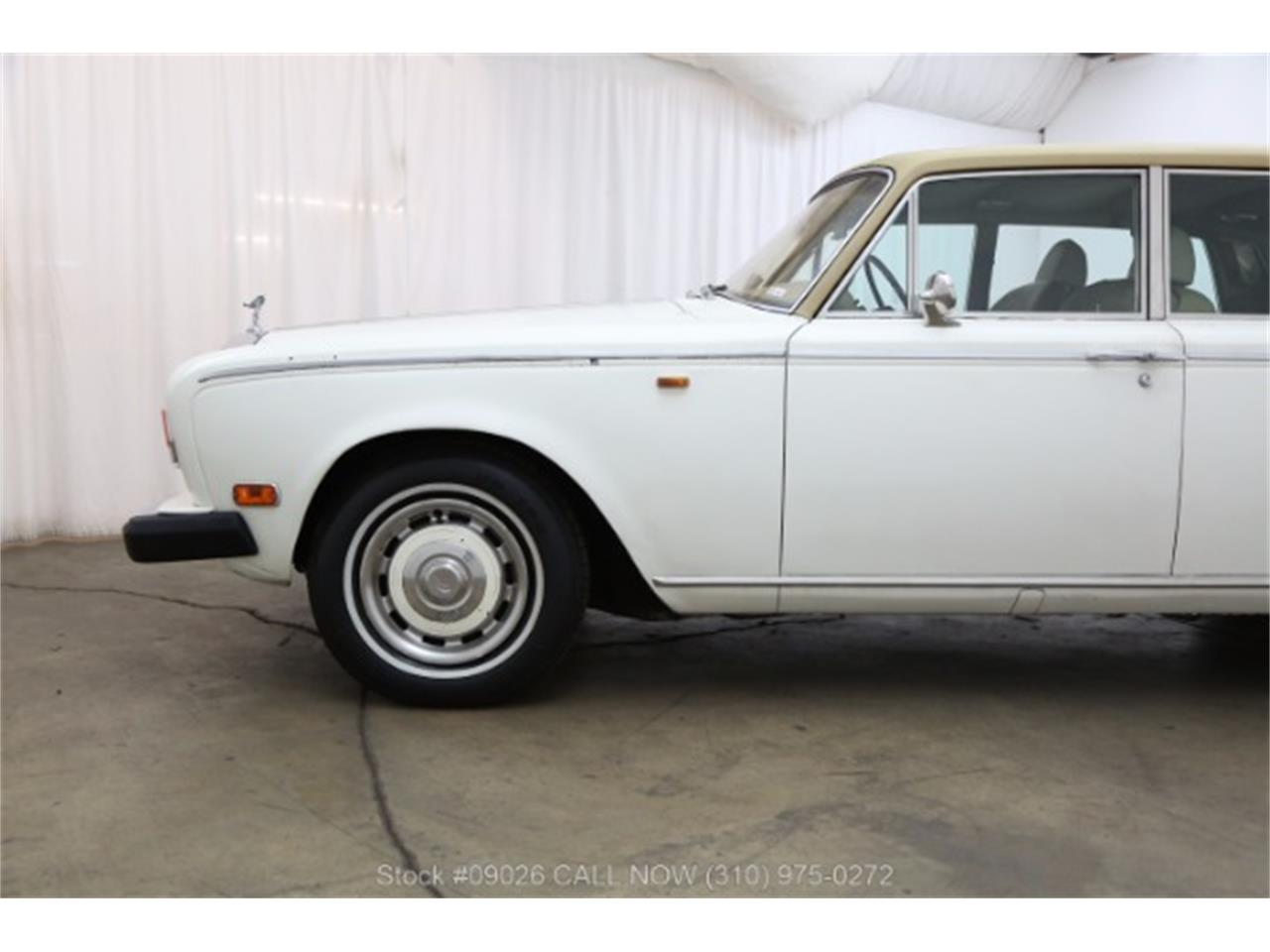 Large Picture of '74 Silver Shadow located in Beverly Hills California - MC1C
