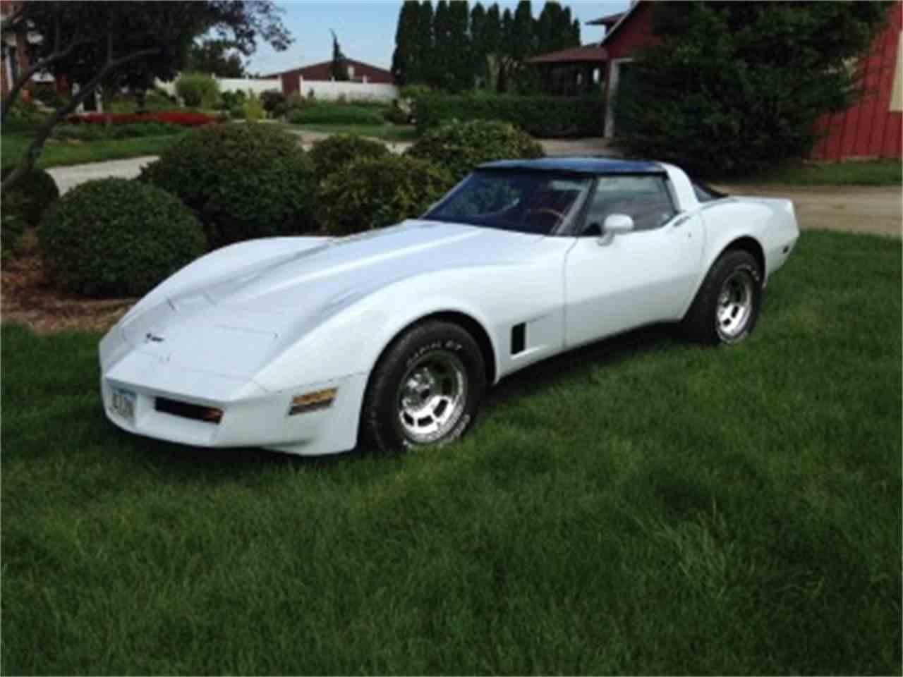 Large Picture of '80 Corvette - MC1K