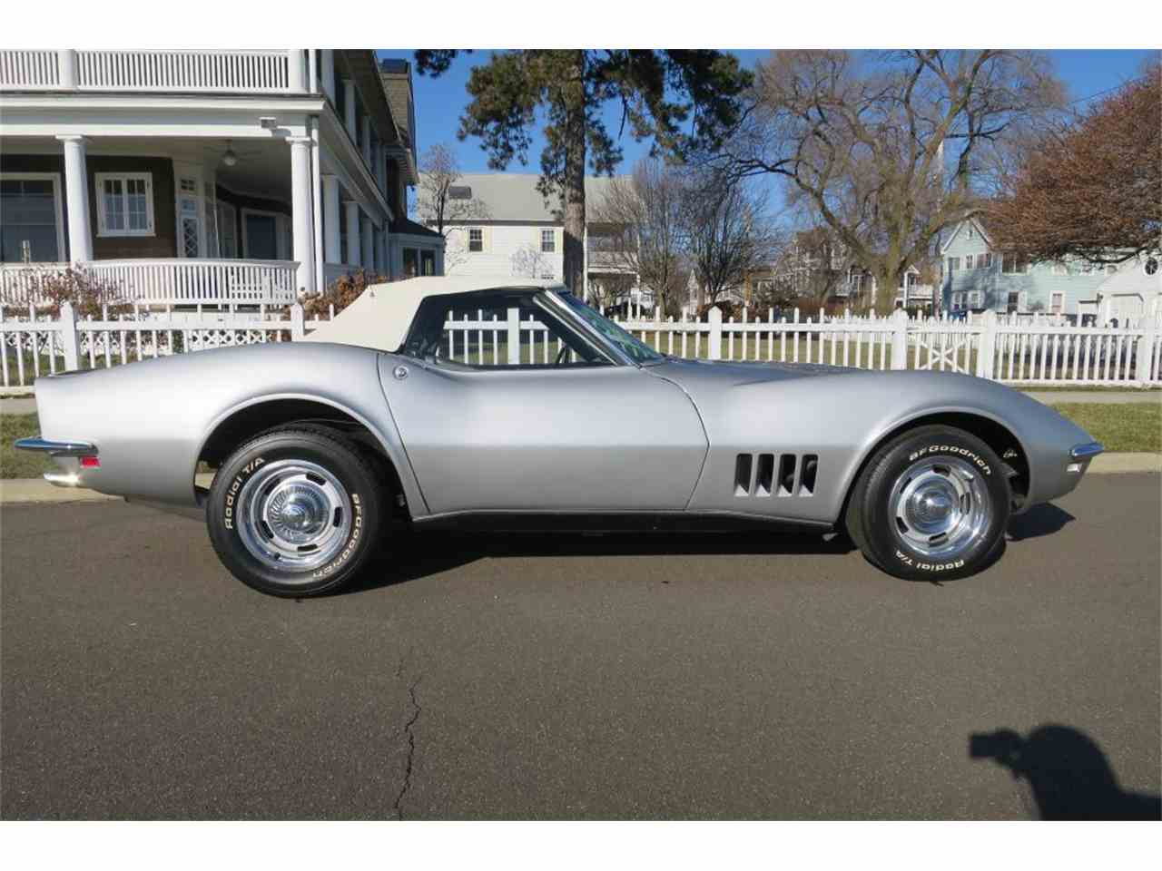 Large Picture of '68 Corvette - MC33