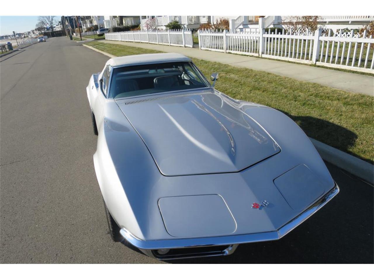 Large Picture of '68 Corvette - MC33