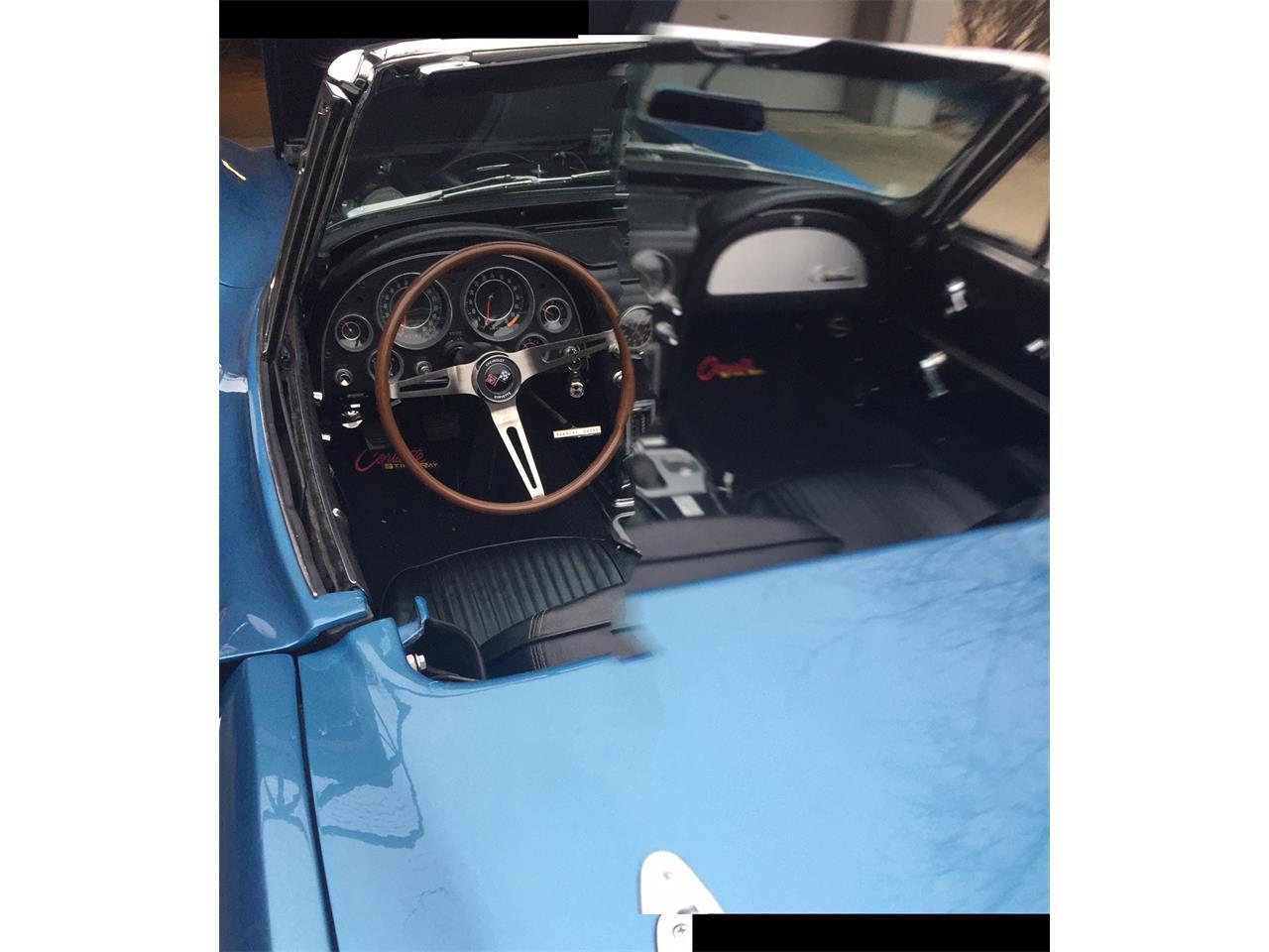 Large Picture of '64 Corvette - MC5G