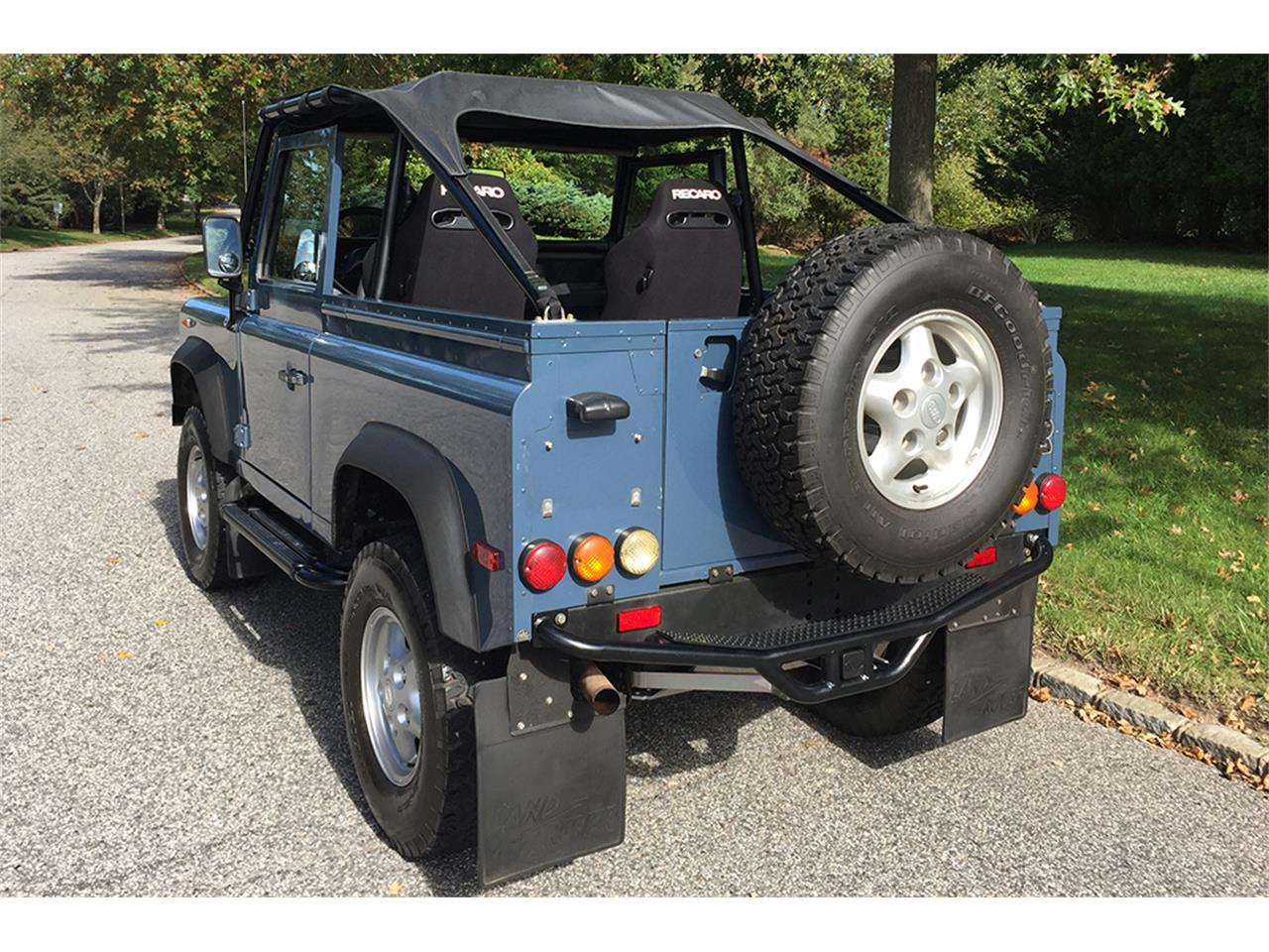 Large Picture of '97 Defender located in Southampton New York - MC5M