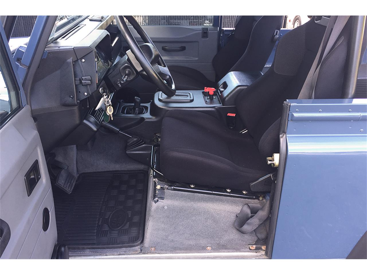 Large Picture of 1997 Land Rover Defender located in Southampton New York - $89,000.00 - MC5M