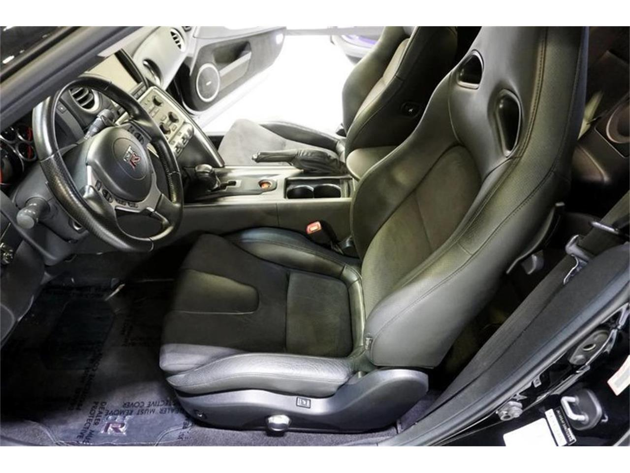 Large Picture of '09 GT-R - MC61
