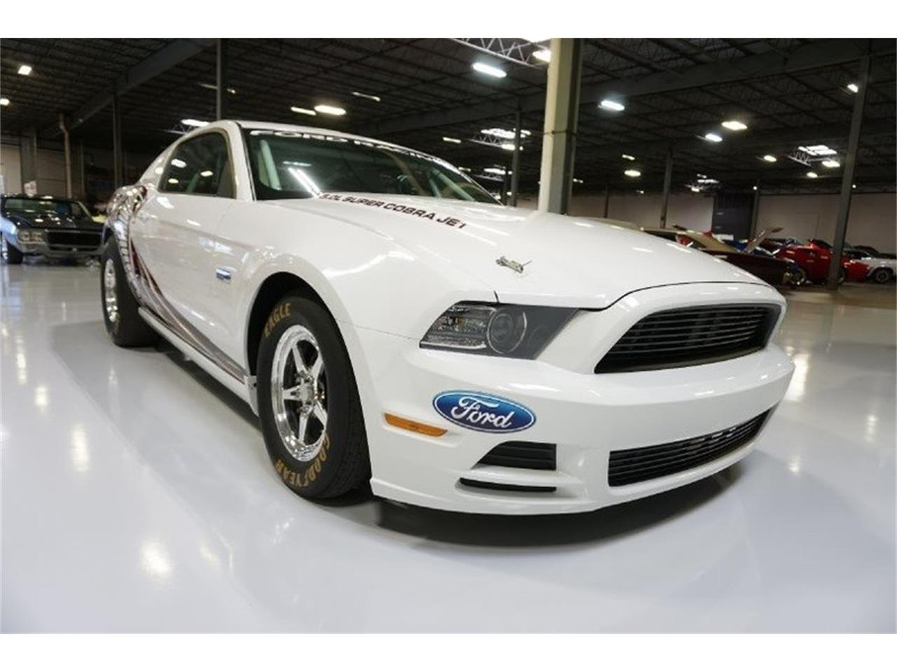 Large Picture of 2014 Ford Mustang - MC66