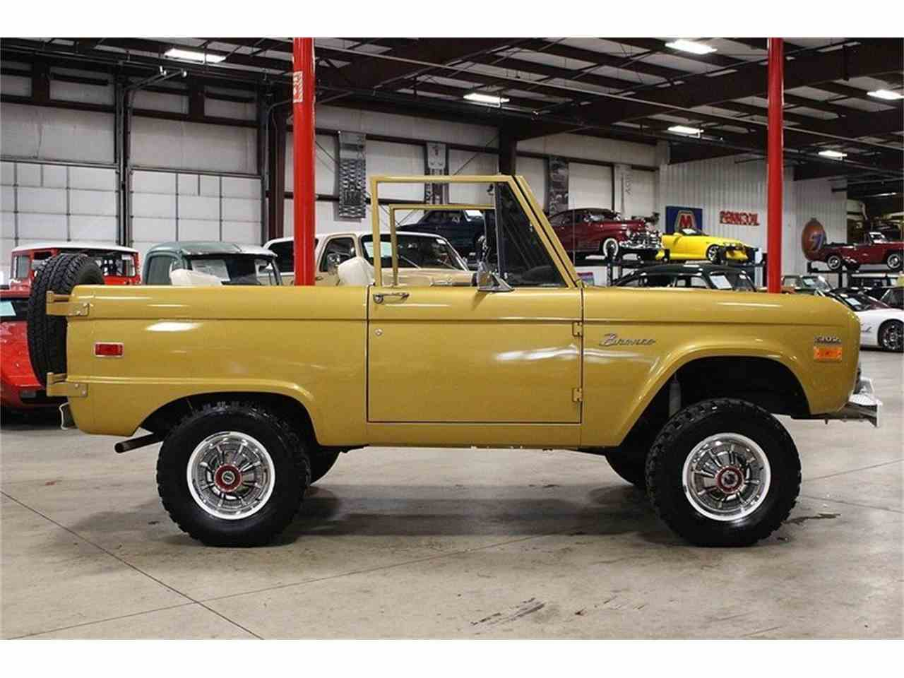Large Picture of '70 Ford Bronco located in Michigan - MC75