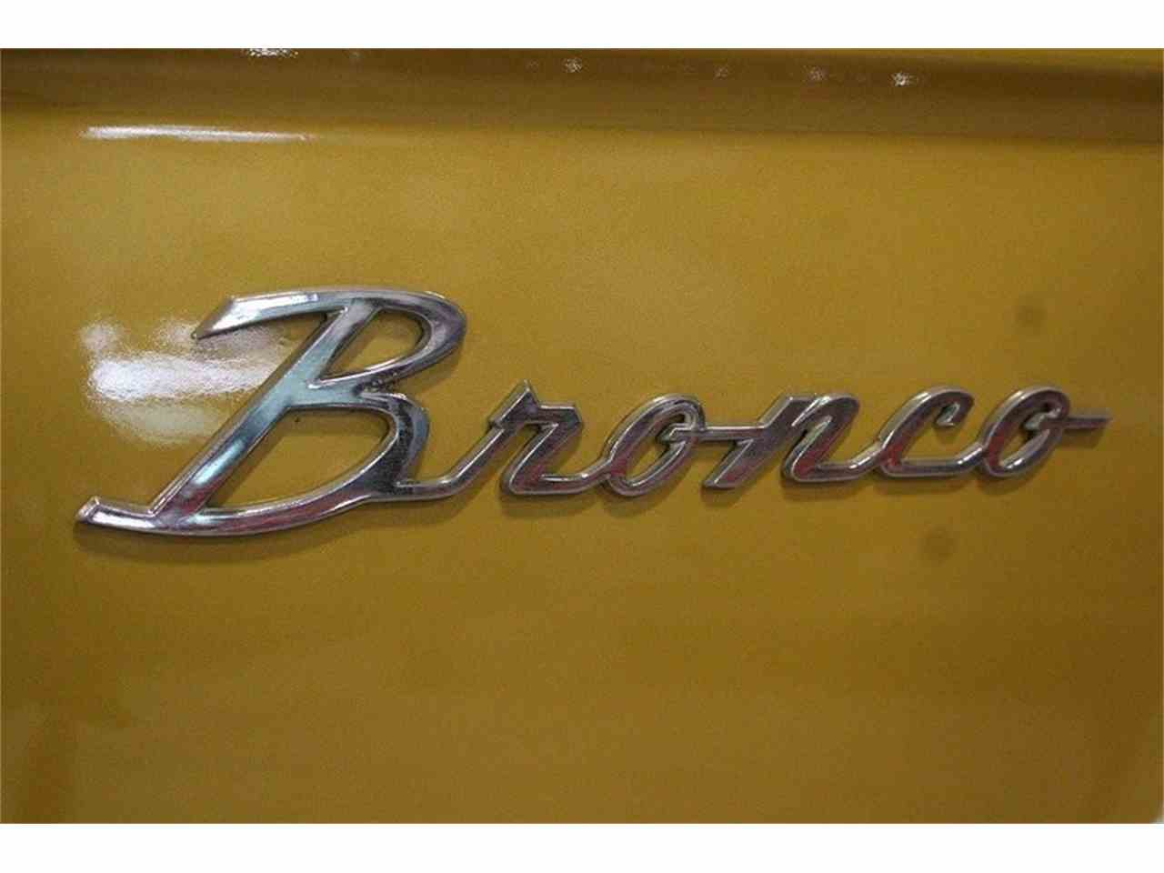 Large Picture of Classic '70 Ford Bronco located in Kentwood Michigan Offered by GR Auto Gallery - MC75
