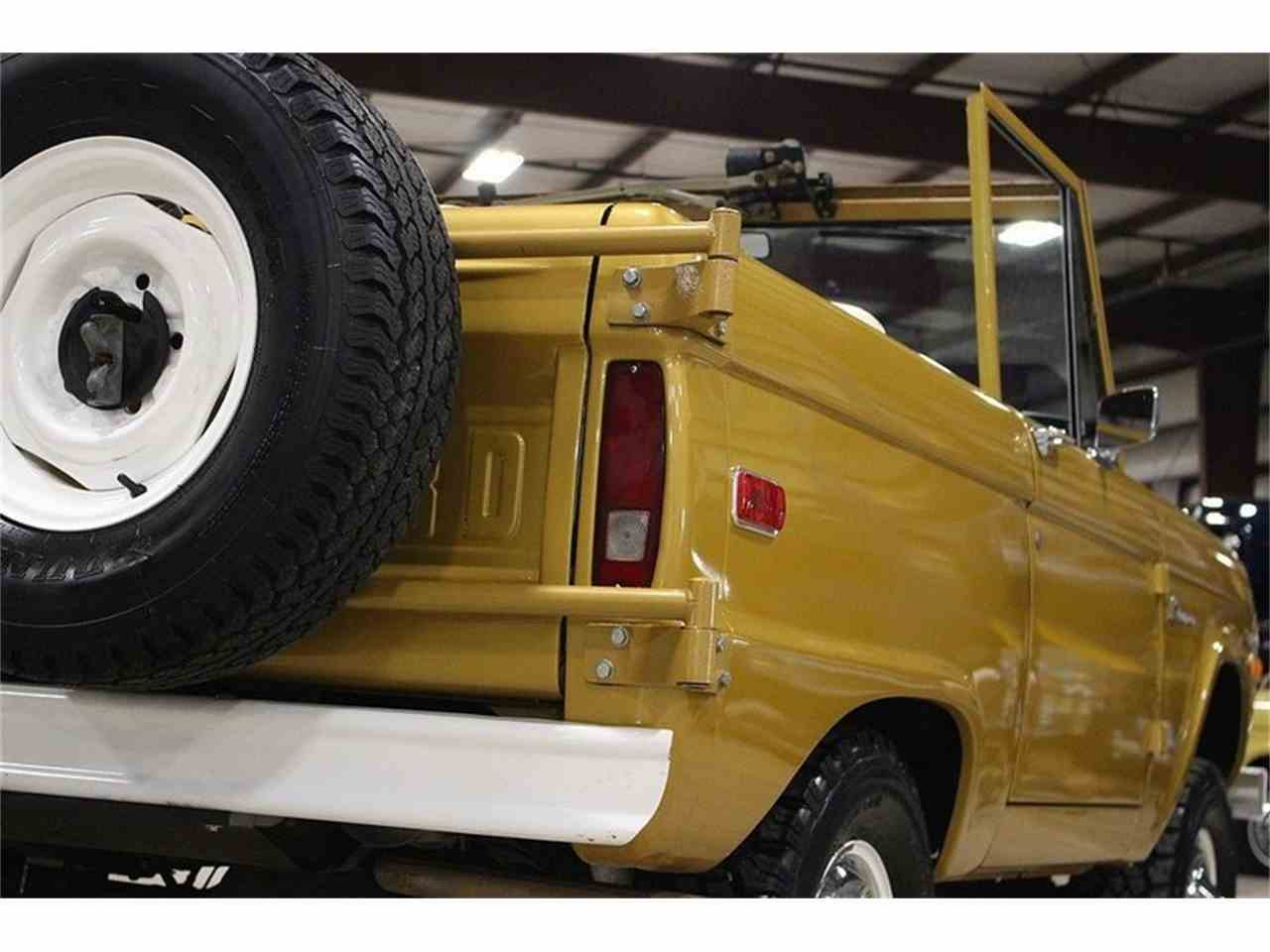 Large Picture of 1970 Bronco located in Kentwood Michigan Offered by GR Auto Gallery - MC75