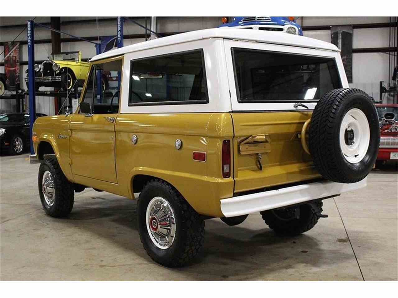 Large Picture of Classic '70 Ford Bronco Offered by GR Auto Gallery - MC75