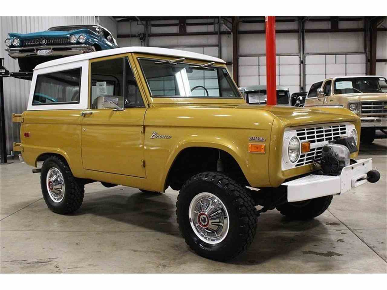 Large Picture of '70 Ford Bronco Offered by GR Auto Gallery - MC75