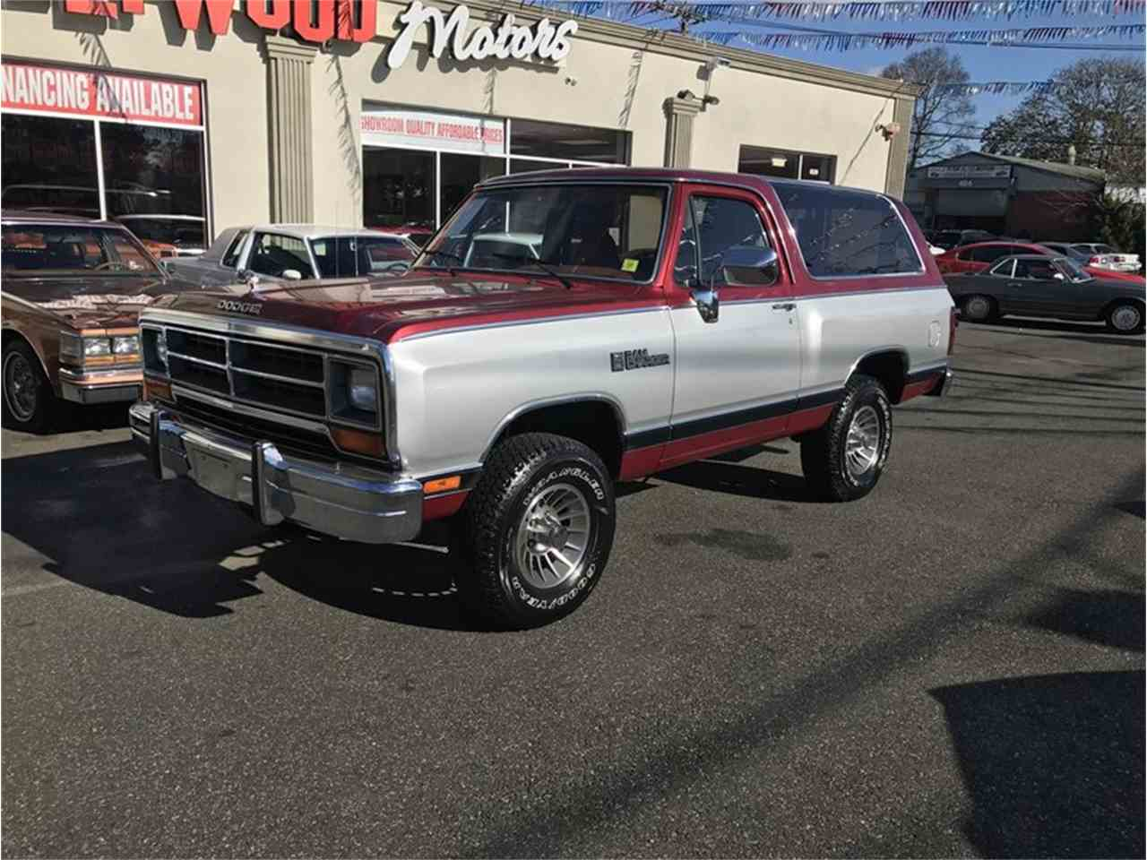 nice sale dodge ramcharger for