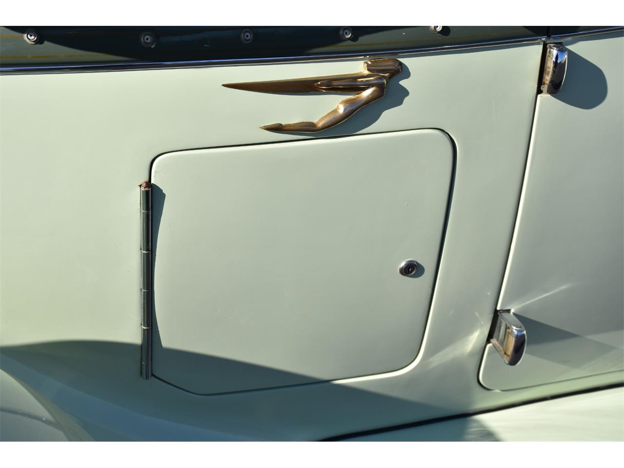 Large Picture of Classic '35 Boattail located in Venice Florida Auction Vehicle - MC9J