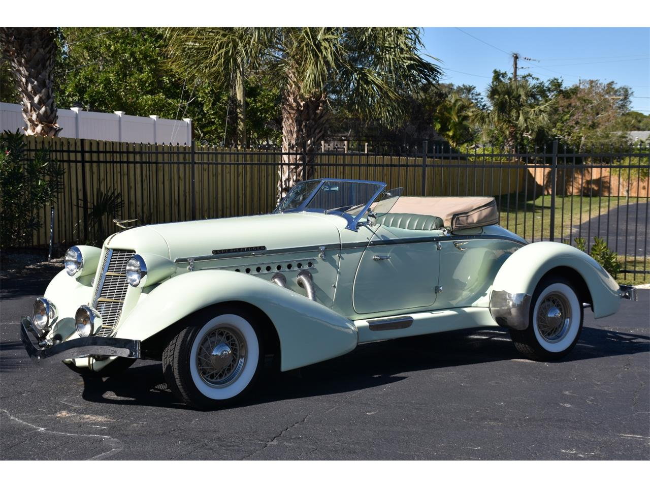 Large Picture of Classic 1935 Auburn Boattail located in Florida Auction Vehicle - MC9J