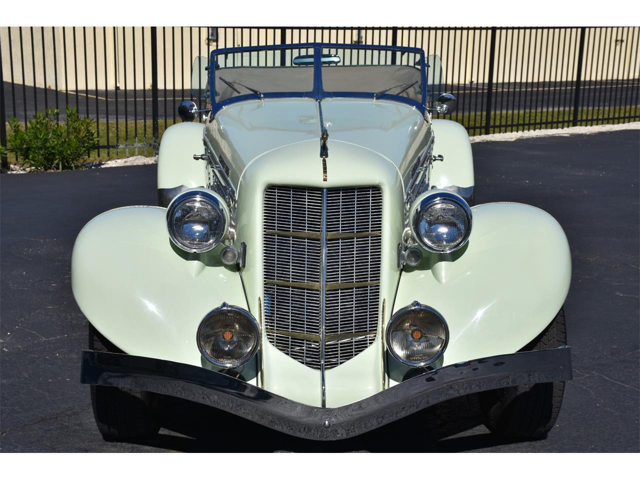 Large Picture of 1935 Boattail - MC9J