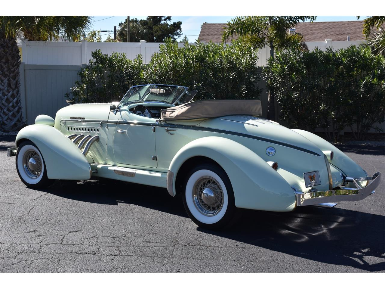 Large Picture of Classic 1935 Boattail Auction Vehicle - MC9J