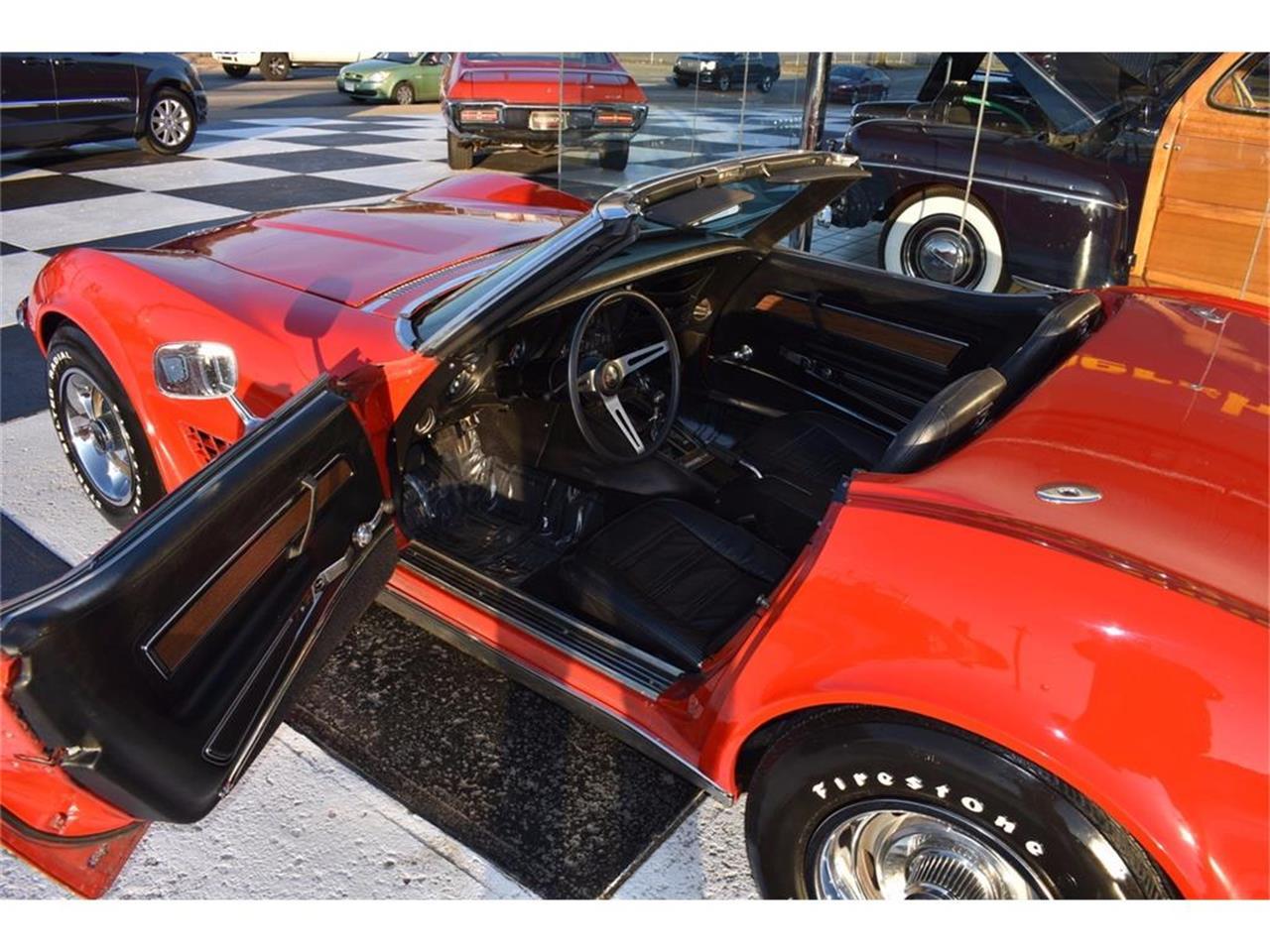 Large Picture of '72 Corvette - MCAK