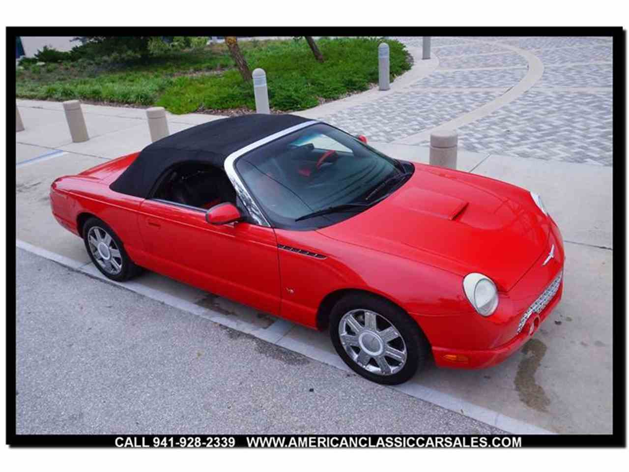 Large Picture of '04 Thunderbird located in Sarasota Florida - MCAN
