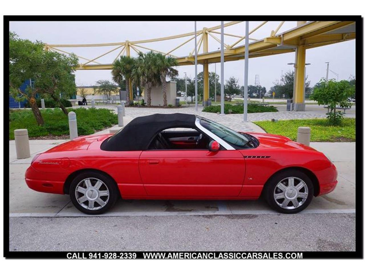 Large Picture of '04 Thunderbird located in Sarasota Florida - $12,440.00 - MCAN