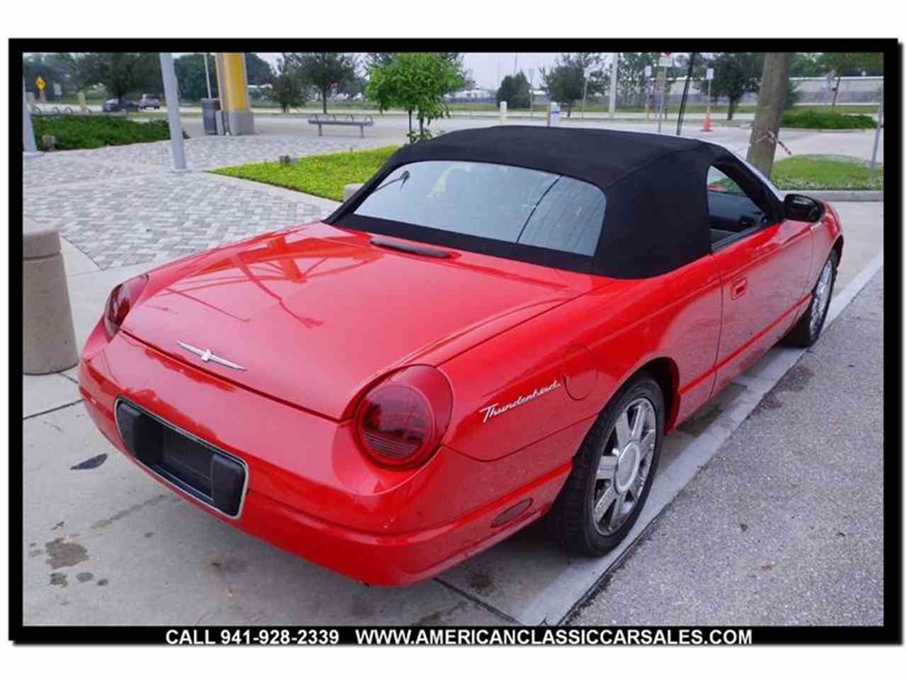 Large Picture of 2004 Thunderbird - $12,440.00 - MCAN