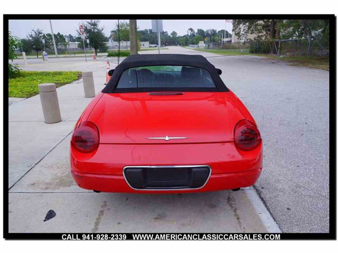Large Picture of 2004 Ford Thunderbird located in Sarasota Florida - $12,440.00 Offered by American Classic Car Sales - MCAN