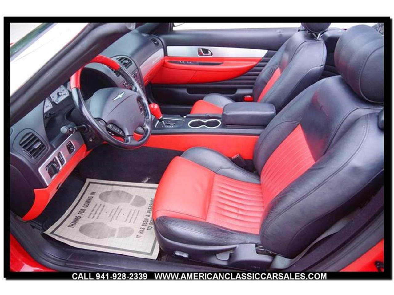 Large Picture of '04 Thunderbird - $12,440.00 - MCAN