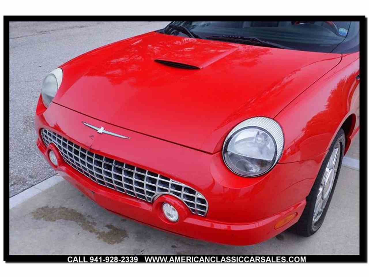 Large Picture of 2004 Ford Thunderbird - $12,440.00 - MCAN