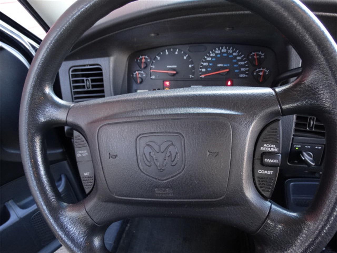 Large Picture of '02 Durango - MCAR