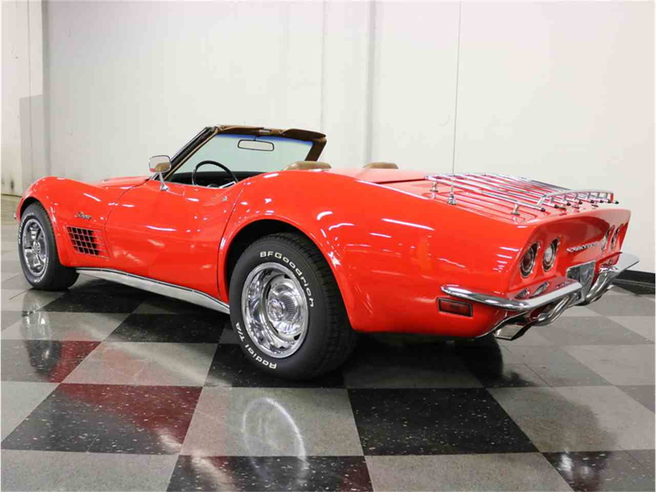 Large Picture of Classic '71 Corvette located in Ft Worth Texas Offered by Streetside Classics - Dallas / Fort Worth - MCB2