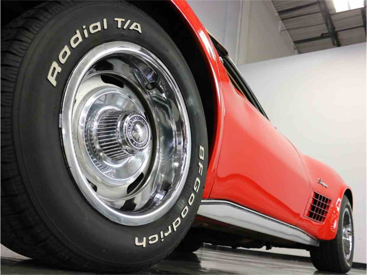 Large Picture of 1971 Corvette - $37,995.00 Offered by Streetside Classics - Dallas / Fort Worth - MCB2