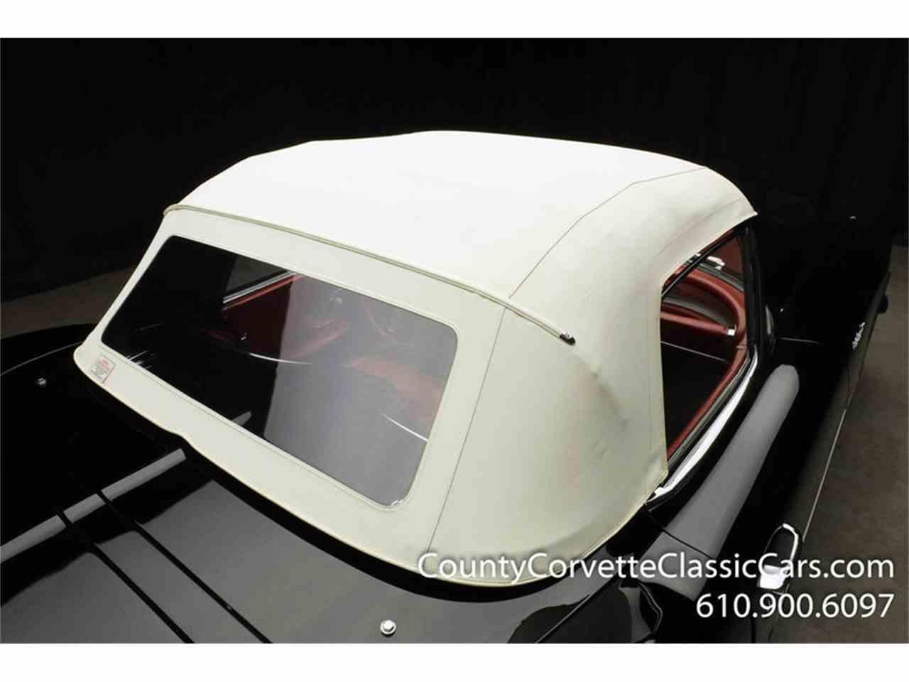 Large Picture of '61 Corvette - MCB4